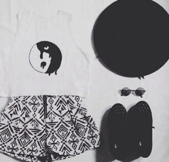 shorts ying yankg shirt t-shirt shoes sunglasses hat yin yang shirt