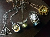 jewels,necklace,hipster,harry potter