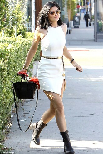 kylie jenner dress shoes bag sunglasses acessories phone cover pendant white dress