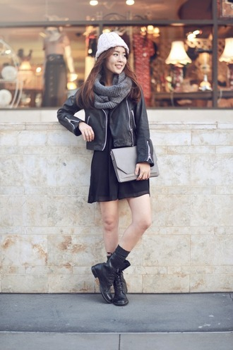 jullianne blogger leather jacket winter outfits