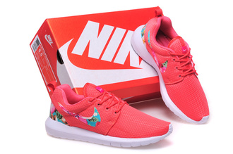 shoes nike roshe run floral pink blue nike roshe run floral nike roshe run floral pink earphones