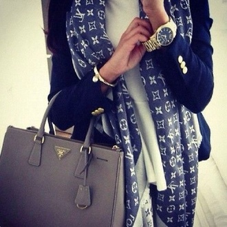 scarf jewels bag louis vuitton jacket navy blazer gold buttons luxury celebrity style luxo outfit