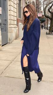 sweater,fashion week 2016,streetstyle,victoria beckham,boots,skirt,navy,midi skirt,oversized sweater,NY Fashion Week 2016