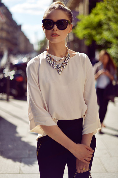 kayture pants shoes bag jewels sunglasses pants shirt necklace black and white outfit blouse clothes decontracted summer outfits summer top jeans
