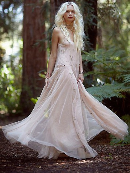 Low Back Flowy Wedding Dress : Wedding clothes cool style simple dress sheer low back