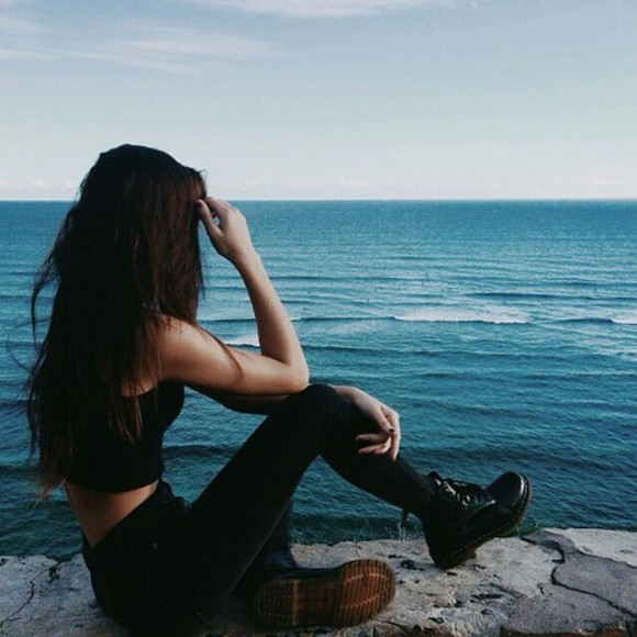 tumblr outfit tumblr black crop tops high waisted jeans minimalist combat boots