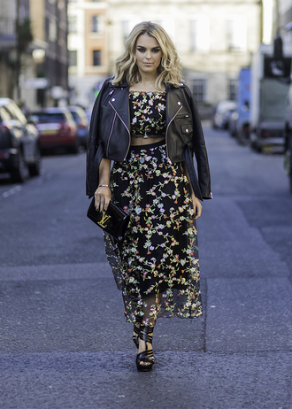 skirt london fashion week 2017 fashion week 2017 fashion week streetstyle floral floral skirt midi skirt floral midi skirt high waisted skirt top crop tops floral top jacket black jacket black leather jacket leather jacket cropped jacket sandals sandal heels high heel sandals black sandals matching set