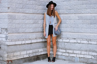 yuliasi blogger oasap vest skorts fall outfits