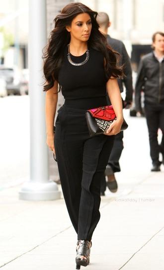black pants kim kardashian