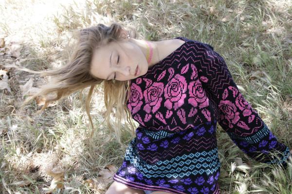 80s rose sweater