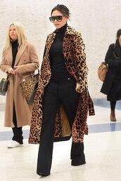 coat,black,leopard print,animal print,celebrity,fall outfits,victoria beckham,turtleneck,sweater