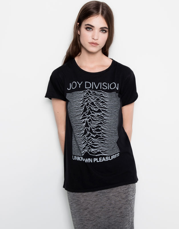 JOY DIVISION TOP - T-SHIRTS AND TOPS - WOMAN - PULL&BEAR United Kingdom