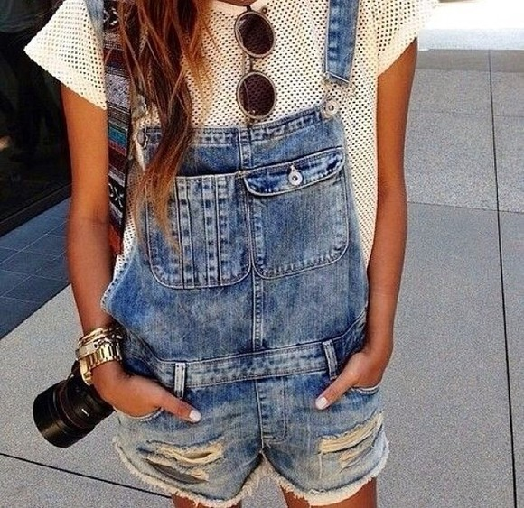 cool black brown sunglasses big pants light blue blue blue jeans, overalls, cute, grundge, cool,smart