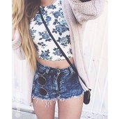 denim,shorts,tank top,shirt,blouse,flowers,rosy,crop tops,cardigan,girl,blond,hipster,sunglasses,top,floral top,summer outfits,ootd,outfit,outfit idea,festival,festival top,festival shorts,festival clothes,festival chic,festival outfit,pants,forever 21,t-shirt,summer,bag,white,floral,halter neck,blue,separated,spaced,belly,blue & white crop top,floral crop top,white floral top,floral tank top,High waisted shorts,denim shorts,acid wash,summer top,summer shorts,belly t-shirt,oversized cardigan,clothes,tumblr