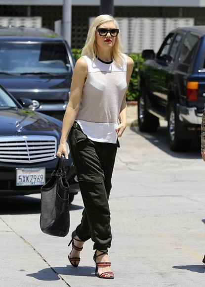 top gwen stefani pants sleeveless