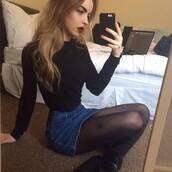 blouse,turtleneck,black,crop tops,denim skirt,skirt,clothes,tights,t-shirt,sweater,top,shirt,mini skirt,denim