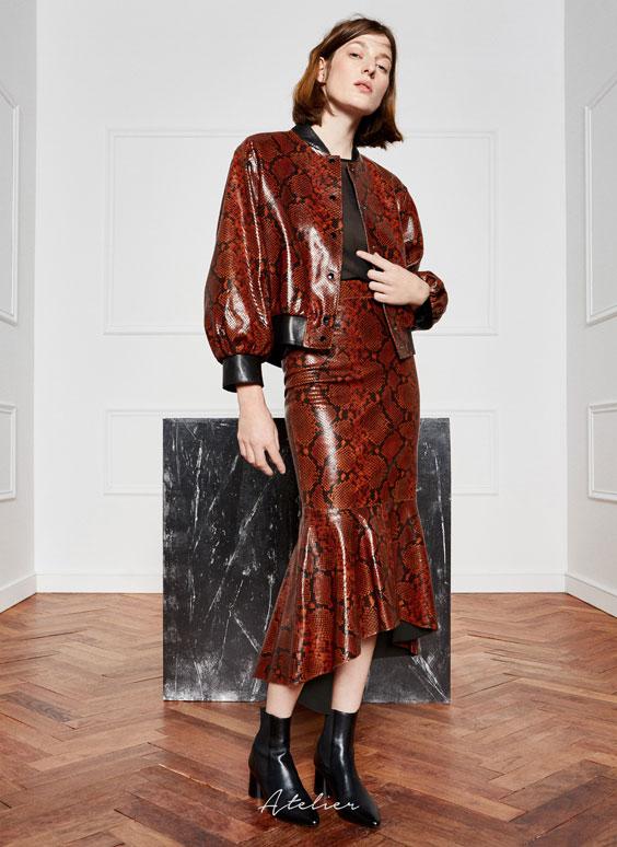 Snakeskin skirt - Skirts - Ready to wear - Uterqüe United Kingdom