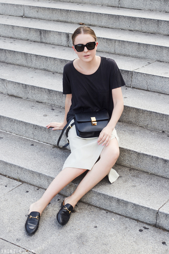 trini blogger sunglasses t-shirt skirt bag