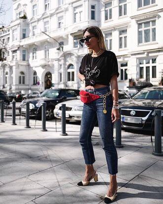 jeans red belt bag denim cropped jeans belt bag shoes sandals sunglasses top black top
