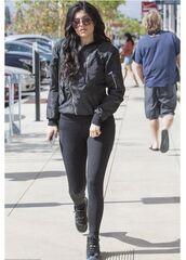 shoes,all black everything,streetstyle,leggings,jacket,kylie jenner,kardashians,spandex,black