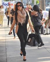 jacket,kim kardashian,pink,black,pretty,scarf,shoes
