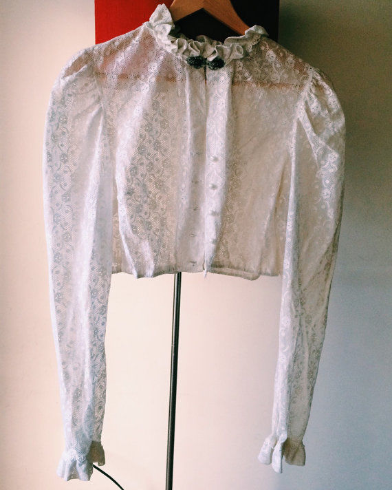Women sheer lace blouse, crochet ivory vintage cropped blouse sz small to medium