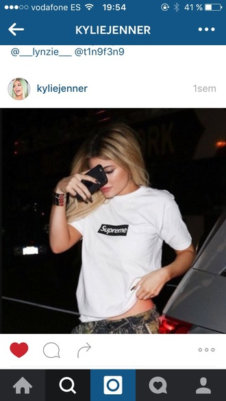 t-shirt kylie jenner supreme black and white