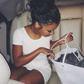 bag,white big bag,dress,white short dress