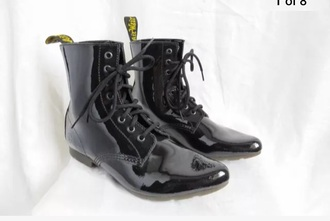 shoes black drmartens black and white black leather leather jacket leather yellow boots punk dressy classy military style boots with laces