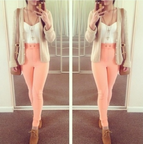 jeans peach jeans tan beige cardigan brown shoes white crop tops gold high waisted jeans shirt sweater shoes