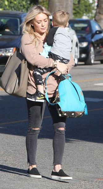 jeans bag fall outfits hilary duff