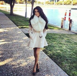 coat belt coat fur fur coat white fur coat white fur trench coat dressy white dress white belted dress curly hair dress