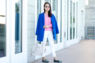 it's not her it's me blogger loafers white pants blue coat pink sweater coat sweater jeans shoes bag jewels sunglasses
