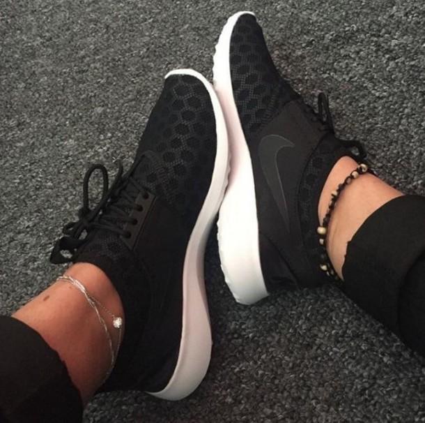 shoes nike black sneakers low top sneakers