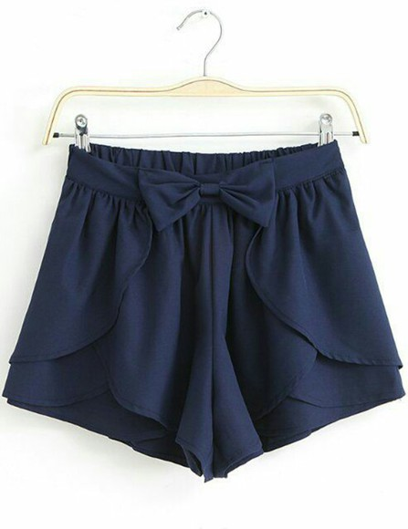 blue shorts bow shorts