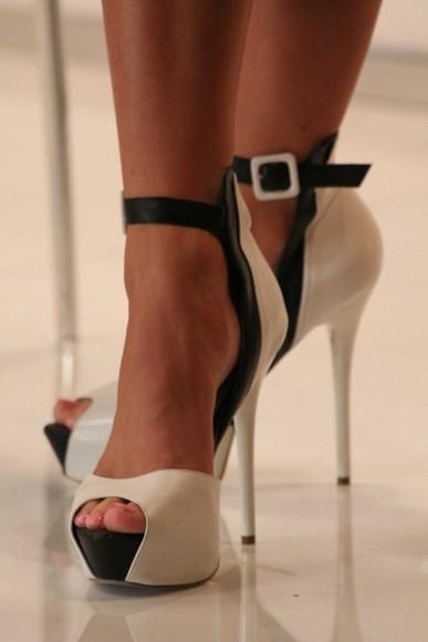 shoes pumps white black cream high heels ankle strap heels fashion bebe high heels black and white bag beige ankle strap black and white peep toe pumps