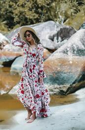 different cands,blogger,dress,maxi dress,floral maxi dress,summer outfits