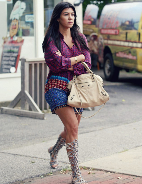 dress kourtney kardashian
