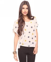 top,white,white top,tees,polka dots,baggy