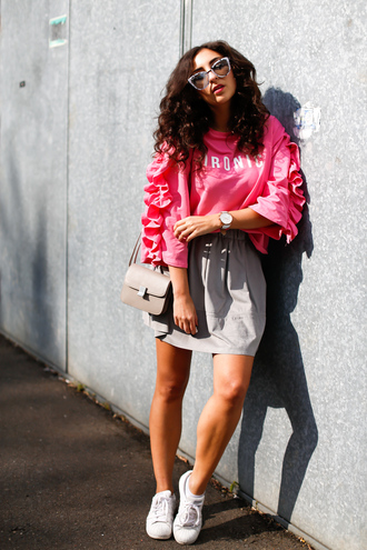 samieze blogger sweater skirt bag sunglasses pink sweater ruffle sneakers spring outfits