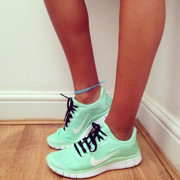 shoes mint nike nike running shoes teal shorts nike nike free run