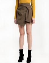 skirt,brown check wrap mini skirt,wrap skirt,cute skirt,holiday skirt,holiday outfits,wrap mini wrap,brown check,pixie market