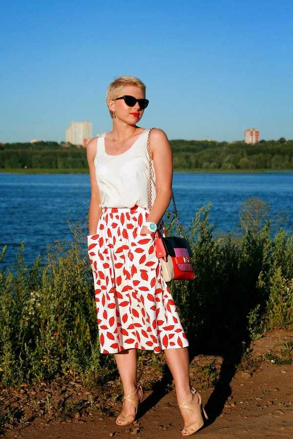 apple and the city skirt top