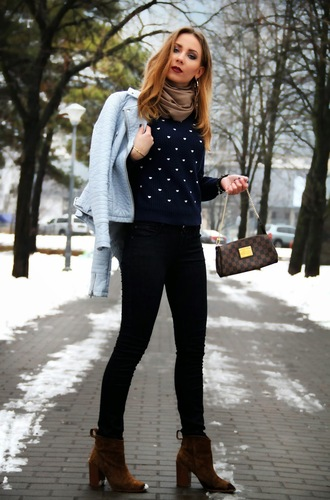 dream love shop blogger scarf knitted sweater blue jacket ankle boots
