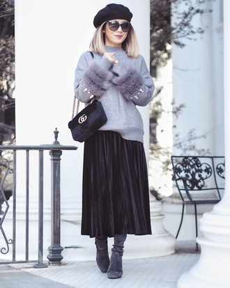 laminlouboutins blogger sweater skirt shoes bag beret gucci bag grey sweater pleated skirt midi skirt boots