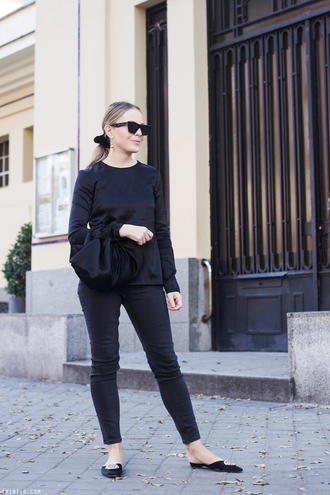 trini blogger sunglasses jewels top jeans bag all black everything fall outfits