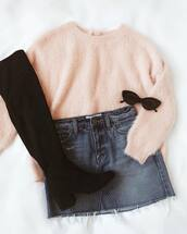 sweater,pink sweater,shoes,black shoes