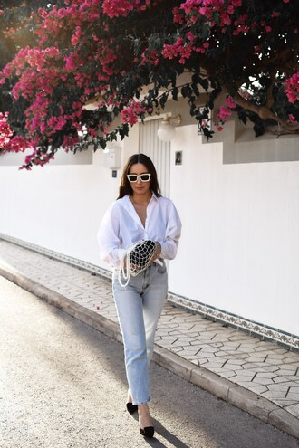 shoes tumblr mesh net net bag denim jeans blue jeans light blue jeans shirt white shirt sunglasses