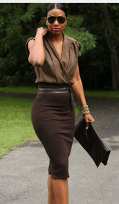 blouse,clothes,skirt,dress,belt,top,brown,midi skirt,sleevless,not sleves,style,help find this,sunglasses