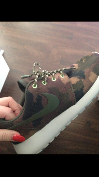 shoes camouflage nike roshe run